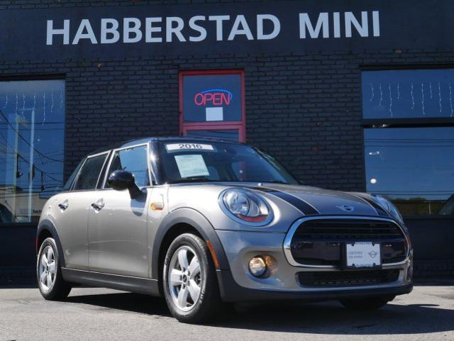 Pre Owned 2016 Mini Cooper Hardtop 4 Door Fwd 4dr Hb In Huntington