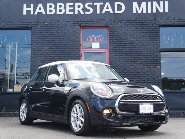 Pre-Owned 2016 MINI Cooper Hardtop 4 Door 4dr HB S